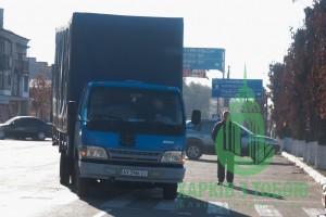 Машина с гуманитарной помощью прибыла в Сватово.